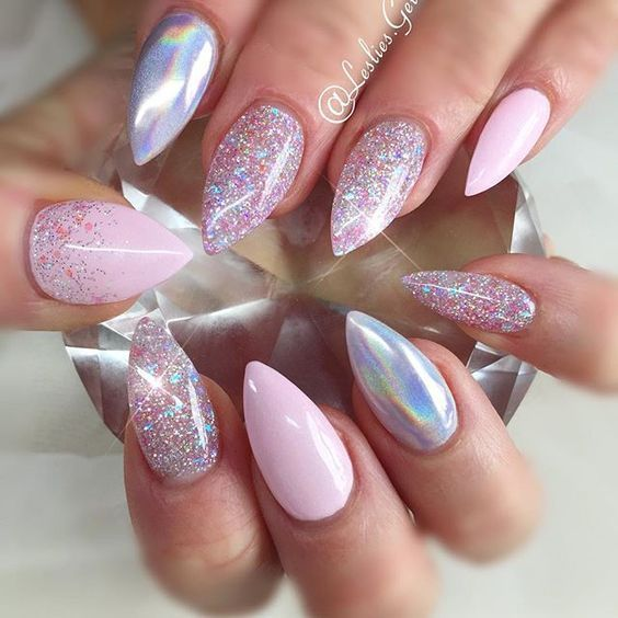 Incredible Holographic Nail Art Pictures, Photos, and Images for ...
