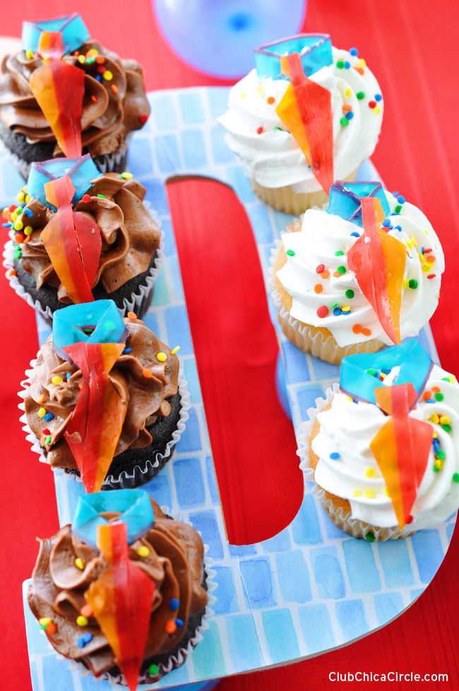 easy cupcakes for fathers day pictures photos and images. Black Bedroom Furniture Sets. Home Design Ideas