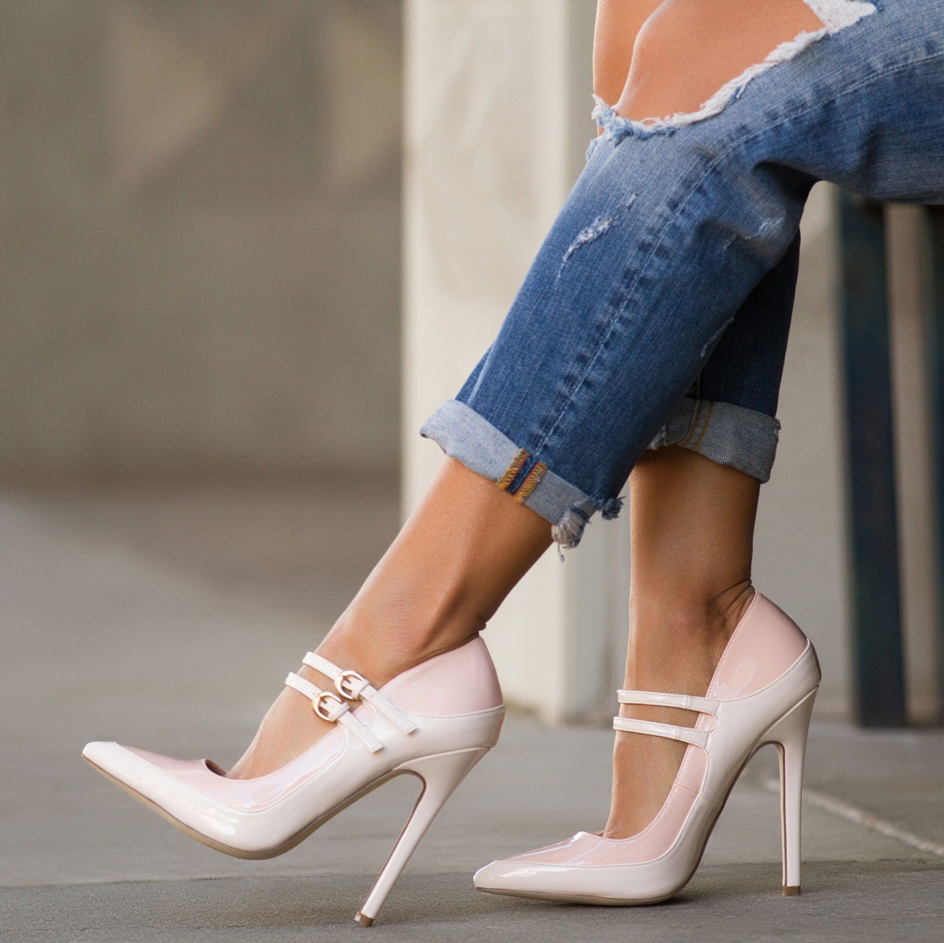 5570706495d1 Two-Toned Pink And White High Heeled Pumps Pictures