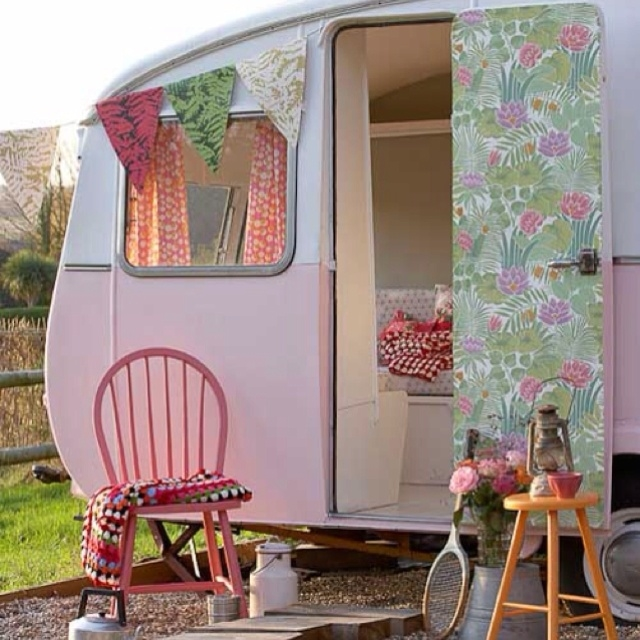 Cute Retro Trailer Pictures Photos And Images For