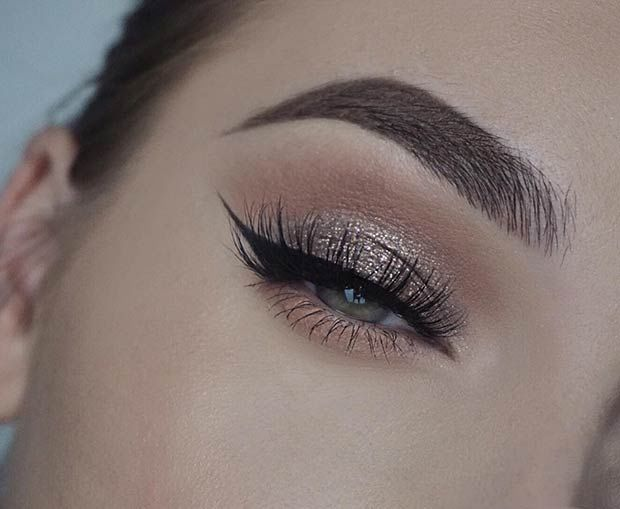 Soft Glittery Eye Makeup For Green Eyes Pictures Photos And Images