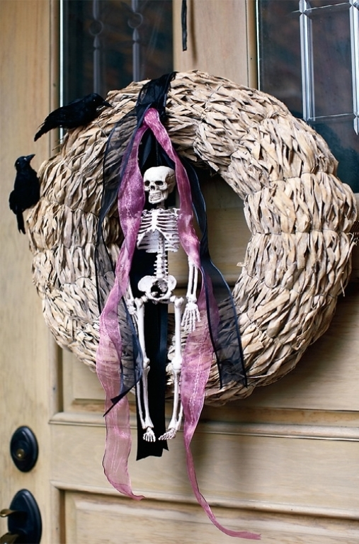 Death Wreath Pictures Photos and Images for Facebook