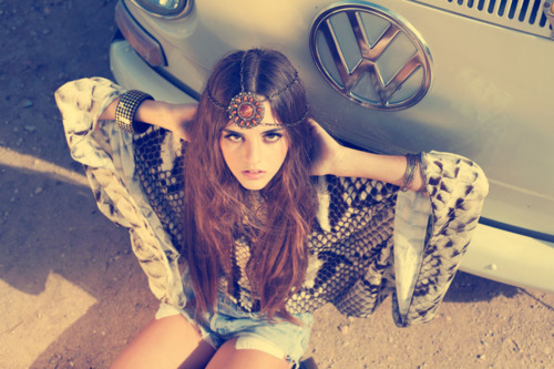 Hippie Girl Pictures f02c21310f4a