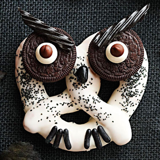 Diy Halloween scare your neighbors with these diy halloween decorations Diy Halloween Owl