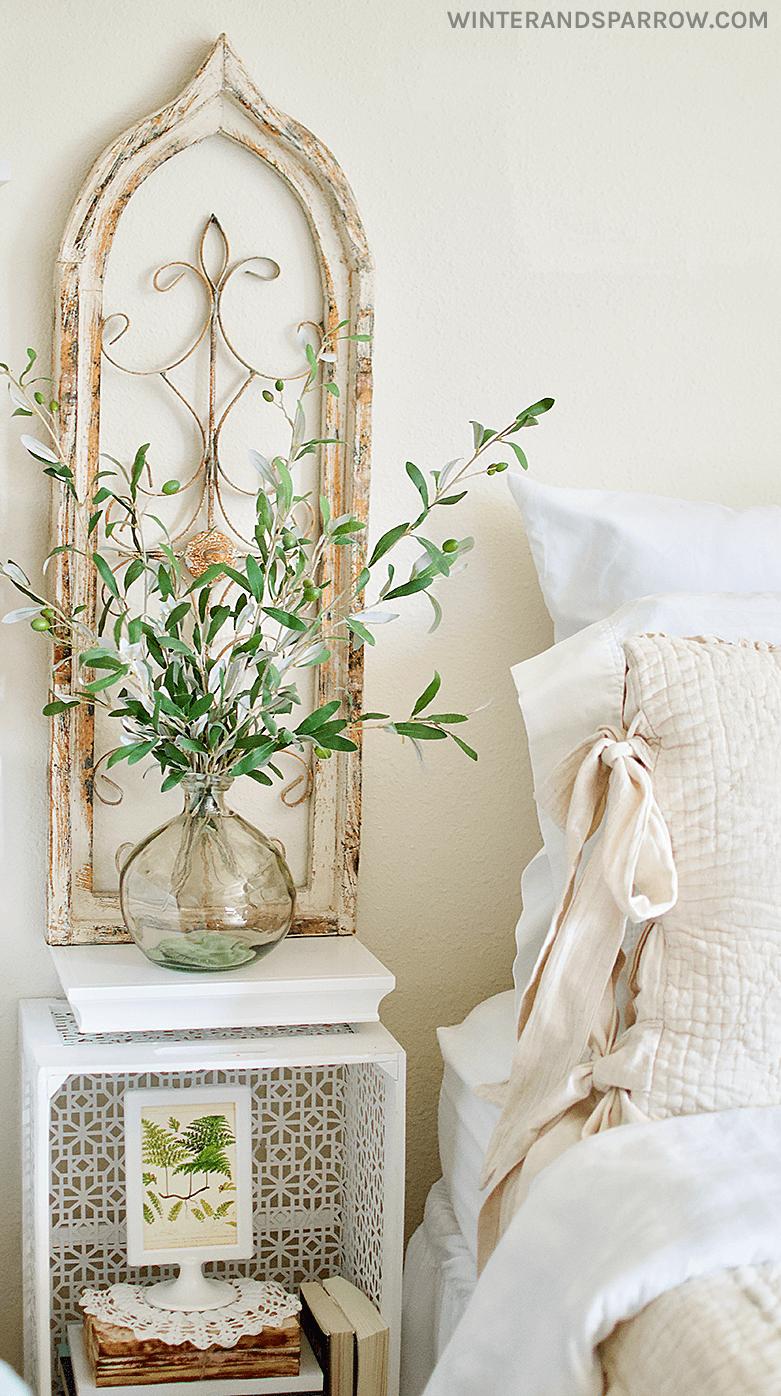 Beautiful Country Esque Cozy Bedroom Decor Idea Pictures Photos