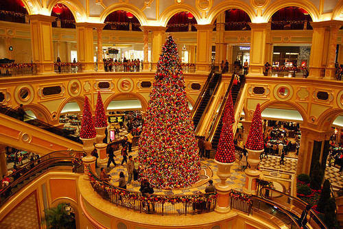 Christmas Tree In The Mall Pictures, Photos, and Images for ...