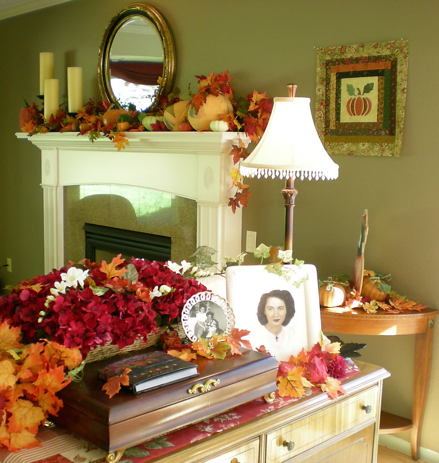 Fall Home Decorations: Fall Decorating Ideas Pictures, Photos, And Images For