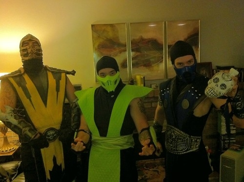 Mortal Kombat Costumes Pictures Photos And Images For