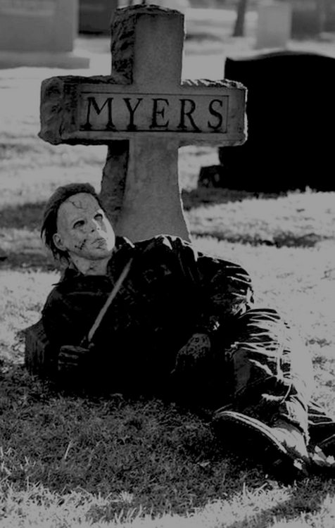 Michael Myers Tombstone Pictures, Photos, and Images for Facebook ...