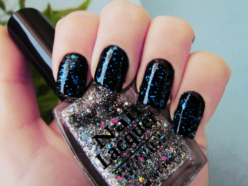 Black Glitter Nail Polish Pictures Photos And Images For Facebook Tumblr Pinterest And Twitter