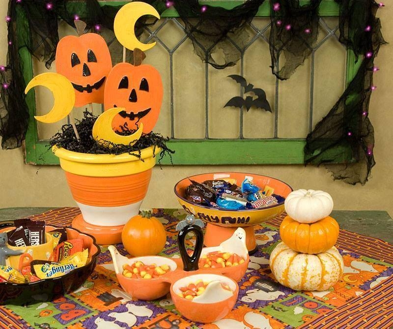 frestive halloween party table pictures photos and images for facebook tumblr pinterest and. Black Bedroom Furniture Sets. Home Design Ideas