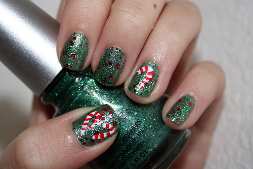 Christmas Candy Cane Nail Art Pictures Photos And Images For