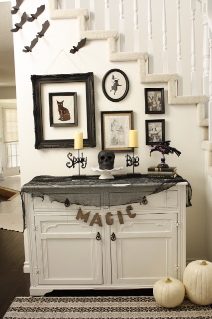 black white halloween decor - Black And White Halloween Decorations