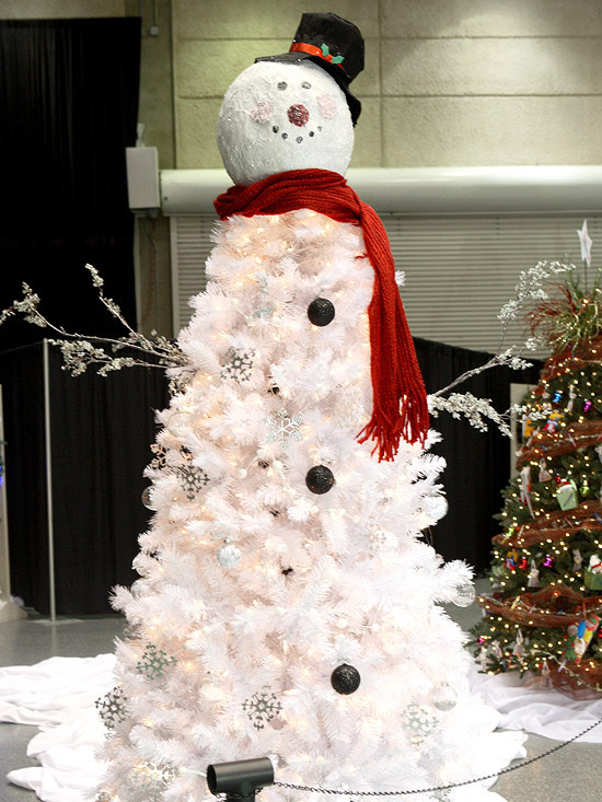 Frosty the snowman christmas tree pictures photos and images for