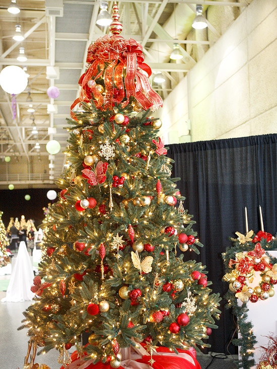 Red Silver And Gold Christmas Tree