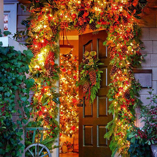 Garden Inspired Christmas Door Decorations Pictures