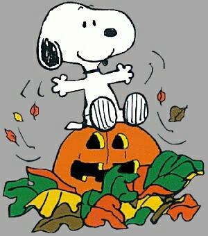 Snoopy loves halloween pictures photos and images for - Snoopy halloween images ...