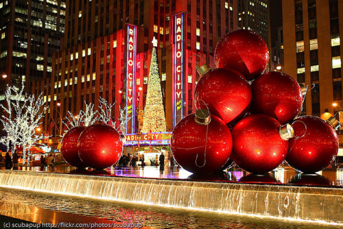 Huge Christmas Ornament Decorations Pictures, Photos, and Images for ...