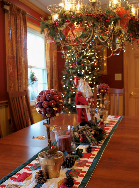 Festive Christmas Table Centerpiece Pictures Photos And