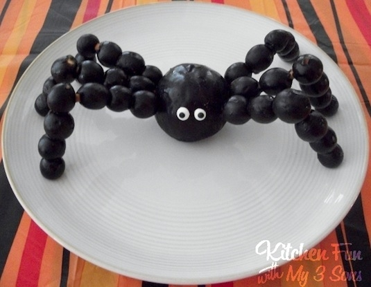 Spooky Fruit Spider Snack