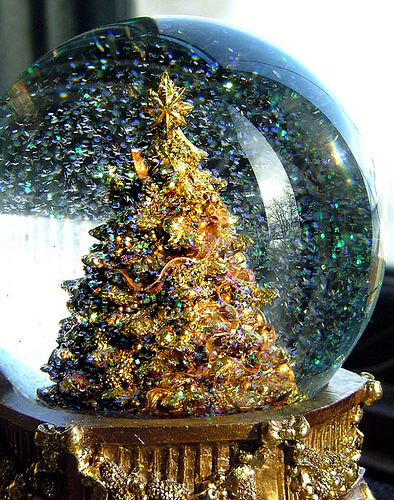 Gold Snow Globe Pictures, Photos, and Images for Facebook ...