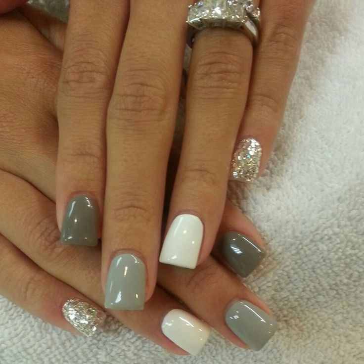 Christmas Acrylic Nails Grey: Grey And Glitter Nails Pictures, Photos, And Images For