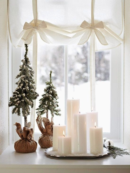 snowy christmas decor pictures photos and images for facebook tumblr pinterest and twitter. Black Bedroom Furniture Sets. Home Design Ideas