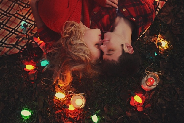 17 Best Images About Christmas Love On Pinterest: Perfect Holiday Romance Pictures, Photos, And Images For