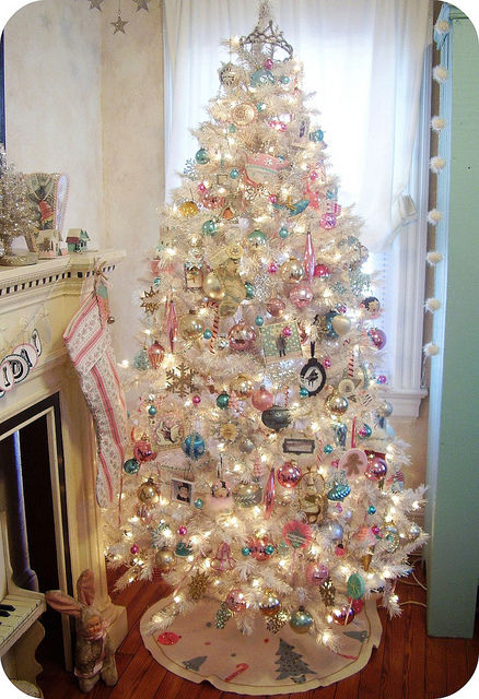 White decorated christmas tree pictures photos and images for