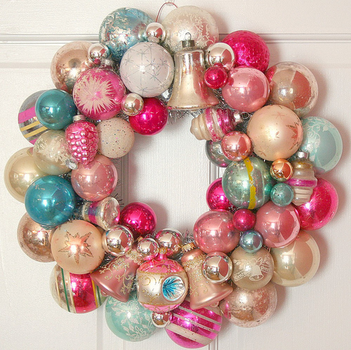Christmas bauble wreath pictures photos and images for facebook christmas bauble wreath solutioingenieria Choice Image