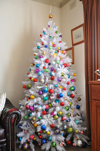 Colorful Ornament Christmas Tree Pictures, Photos, and Images for ...