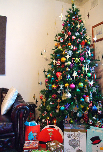 Christmas Tree With Gifts Pictures, Photos, and Images for ...