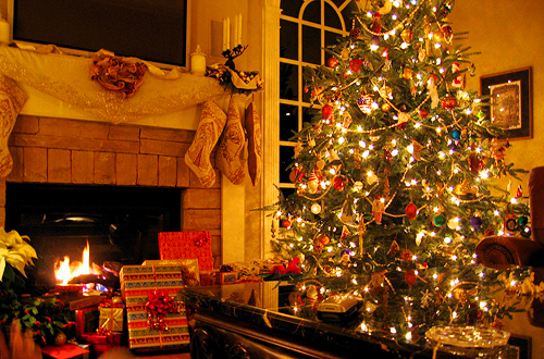 Christmas Tree And Gifts Pictures, Photos, and Images for Facebook ...