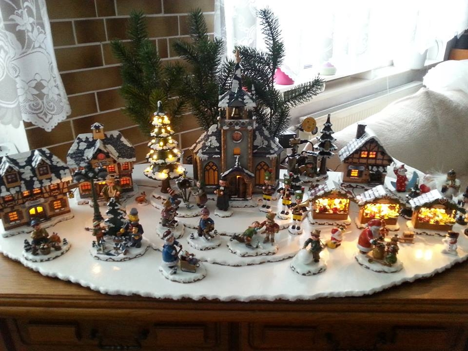 mini christmas village - Miniature Christmas Village