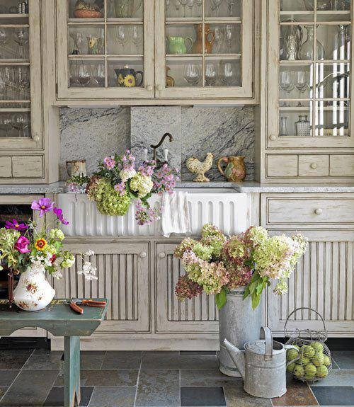 Beautiful Country Kitchen Pictures Photos And Images For Facebook Tumblr Pinterest And Twitter: Fresh Lilacs In A Vintage Kitchen Pictures, Photos, And