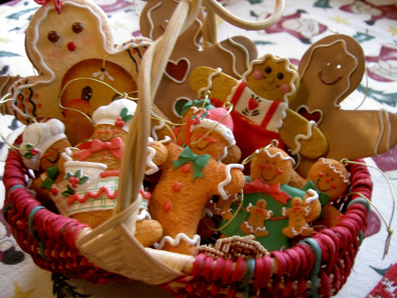 Yogurtland: Find Your Flavor | Molasses Gingerbread Cookie