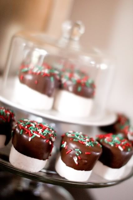 christmas chocolate dipped marshmallows - Christmas Marshmallows