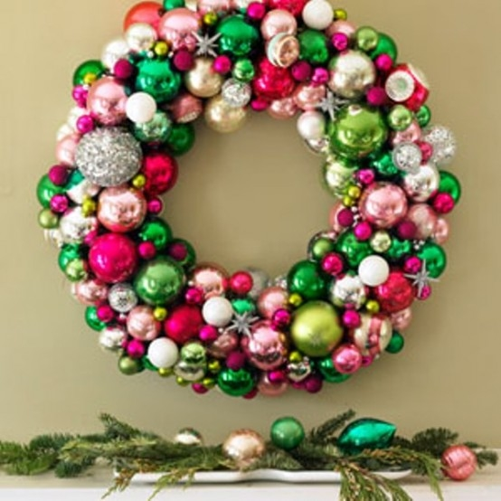 Bauble wreath pictures photos and images for facebook tumblr bauble wreath solutioingenieria Images