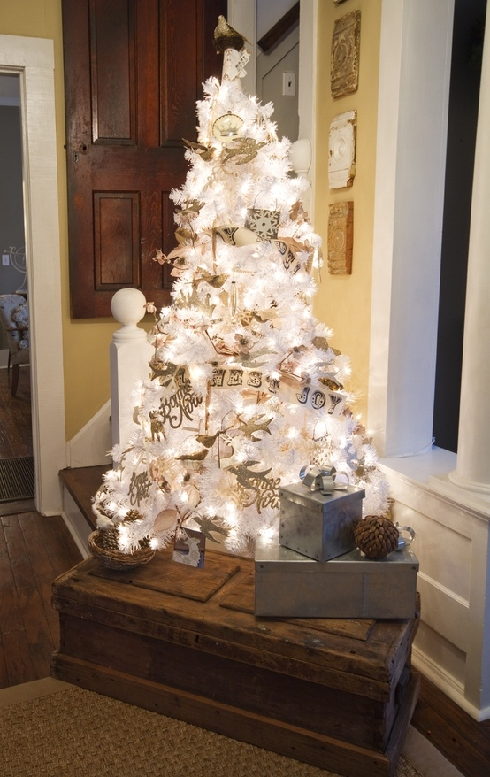 Glowing white christmas tree pictures photos and images for White christmas tree pinterest