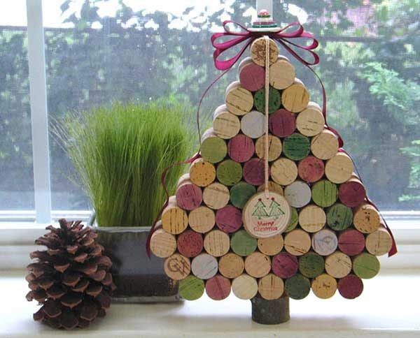 wine cork christmas tree pictures photos and images for. Black Bedroom Furniture Sets. Home Design Ideas
