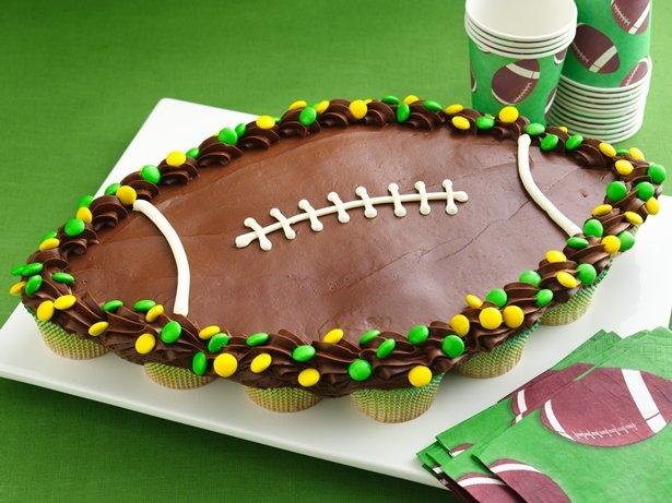 Football pull apart cupcakes
