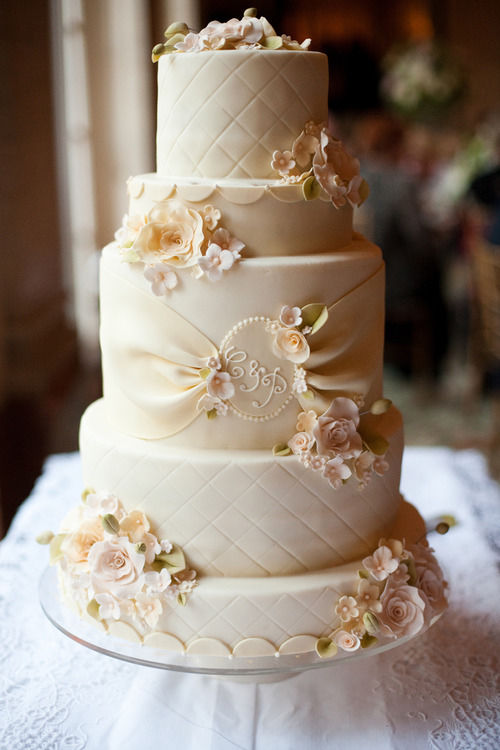 cream wedding cakes pictures pastel wedding cake pictures photos and images for 13067