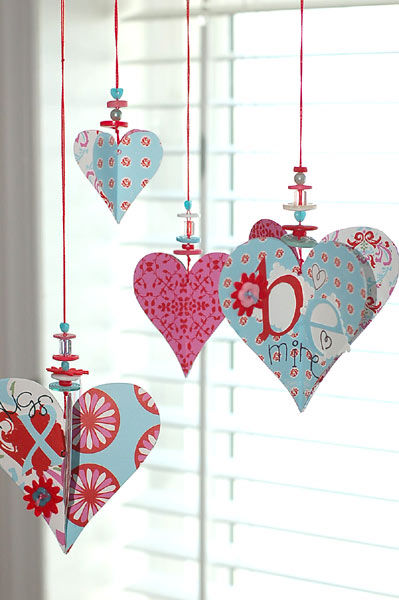 Cute And Simple Valentines Heart Decorations Pictures
