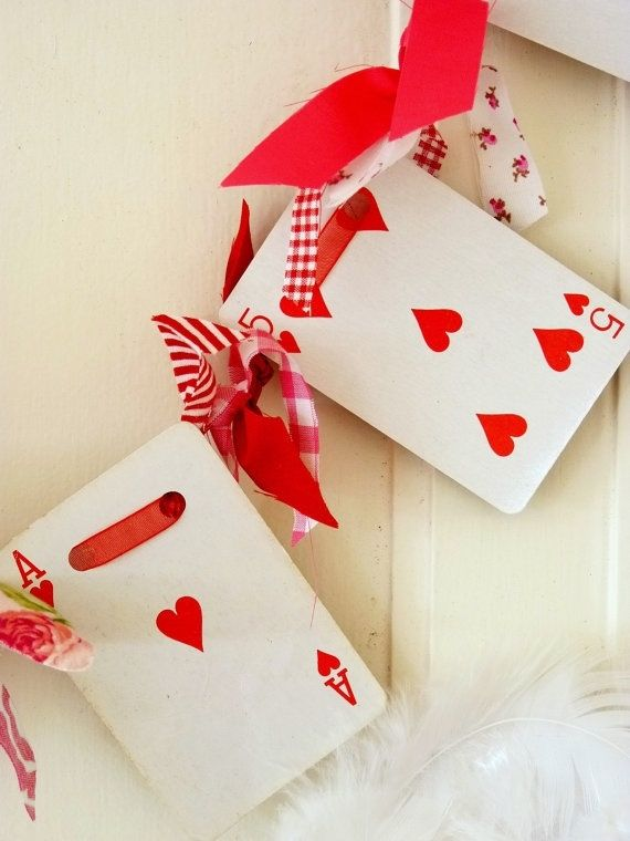Valentines Day Garland Playing Card And Knotted Fabric Pictures – Valentines Playing Cards