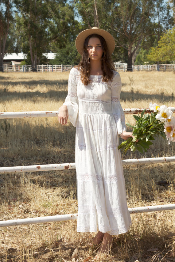 Hippie vintage lace wedding dress Hippie vintage wedding dresses