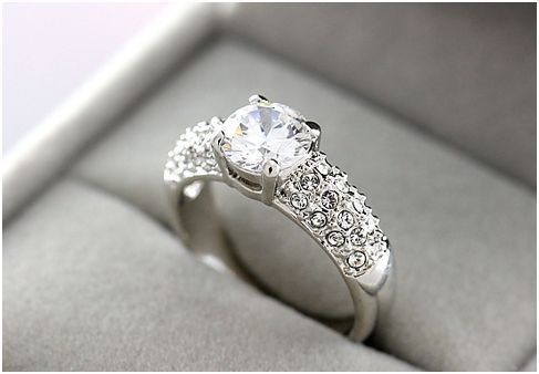 Beautiful Diamond Engagement Ring Pictures Photos And