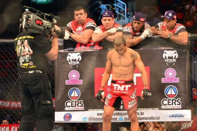 175033d7b6a36 UFC'S Jose Aldo Retains Title Pictures, Photos, and Images for ...
