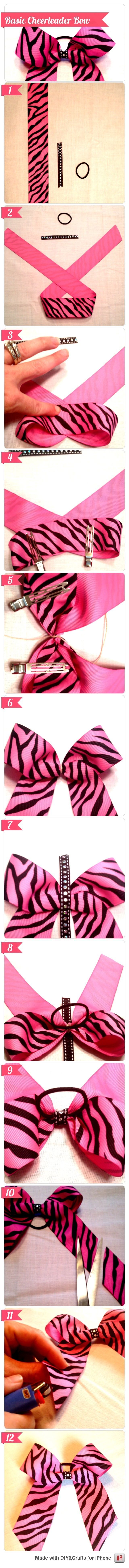 DIY Basic Cheerleader Bow