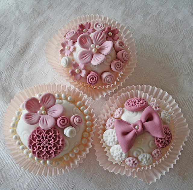 Pretty Pink Cupcakes Pictures Photos And Images For Facebook