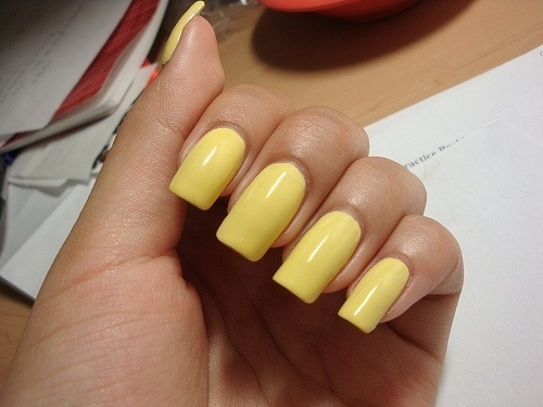 Yellow Nails Pictures,...